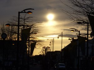 An evening sky in Fareham West Street
