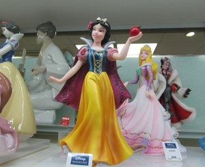Snow White figurine, in the Disney Collection, in  H. Samuel, in Fareham Shopping Centre...