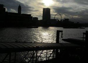 RiverSilhouette
