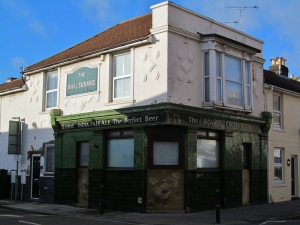 The Royal Exchange, an erstwhile pub towards the northern end of Fawcett Road
